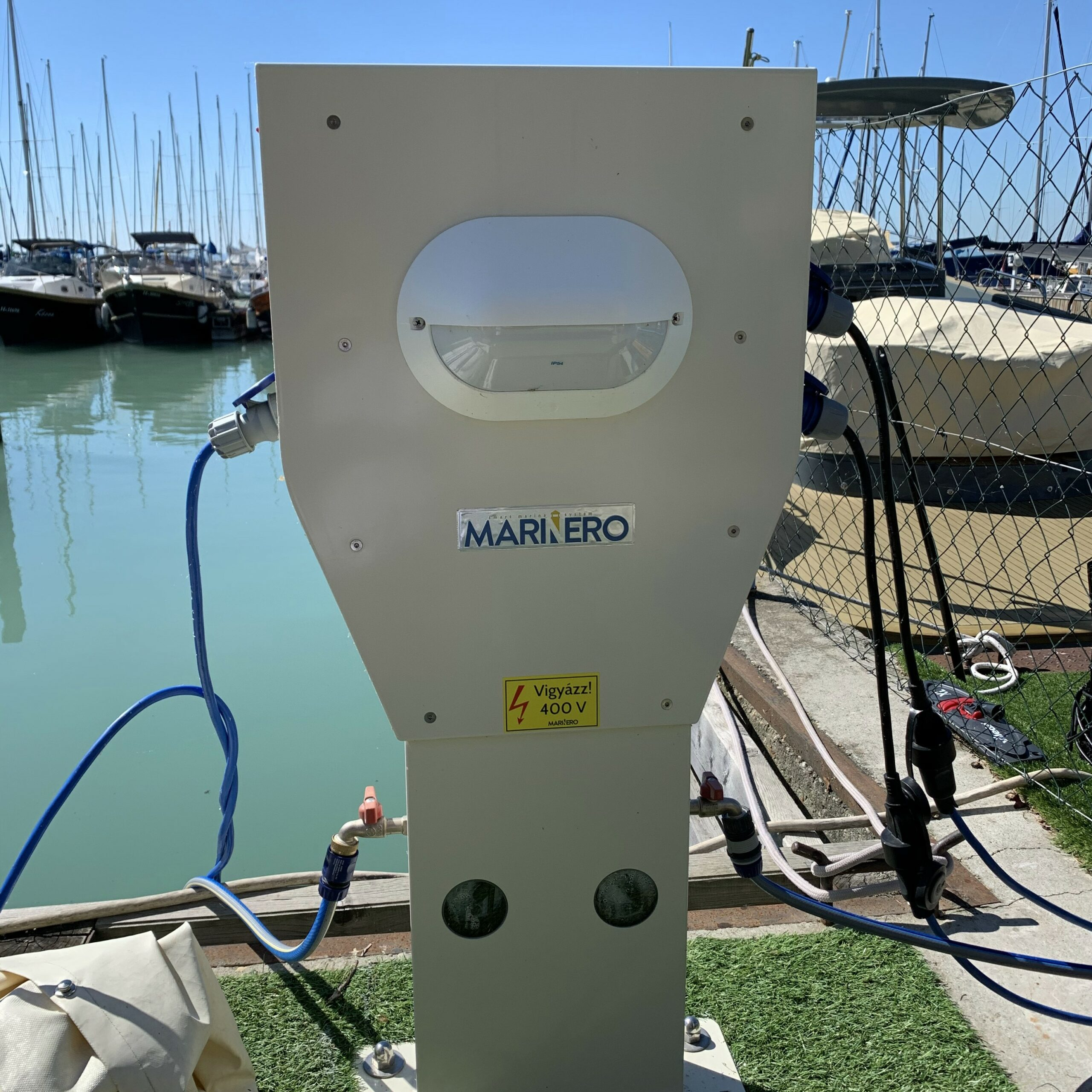 Marinero Smart Pedestal in Balatonfo Yacht Club Balatonkenese